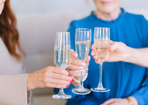 Is it dangerous to suddenly quit drinking alcohol?